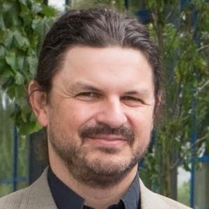 Marine-Speaker-Mark Whiter
